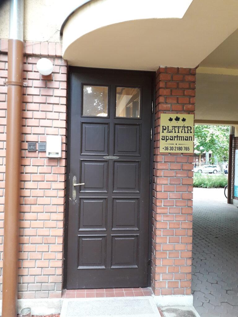 az apartman bejárata